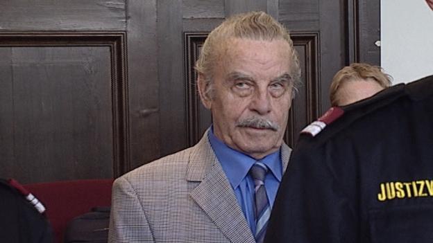 Josef Fritzl im Gerichssaal St. Pölten nach seinem Urteil