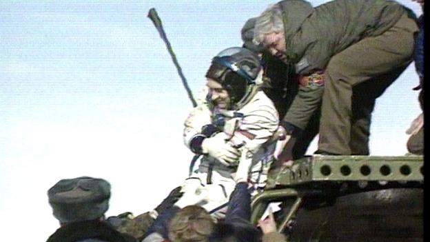Valeri Polyakov landed in Kasachstan 1995