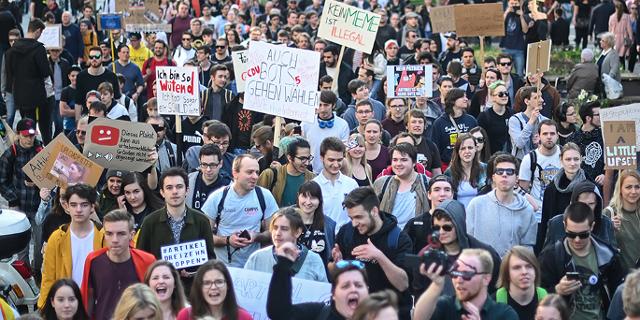Demo gegen die Urheberrechtsreform in Stuttgart