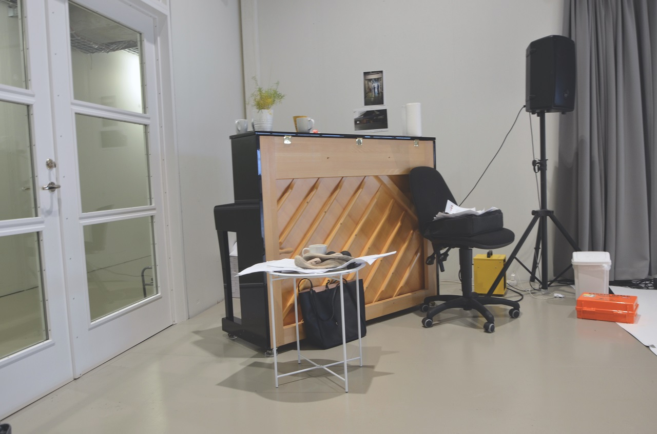 Piano im Acting Department, College, Reykjavik