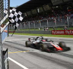 Zielflagge beim Grand Prix von Österreich