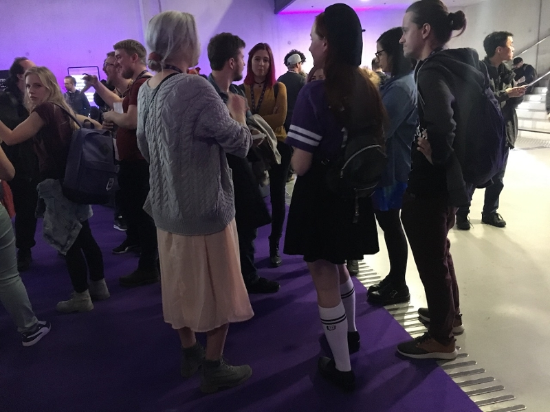 Besucher*innen auf der TwitchCon Europe