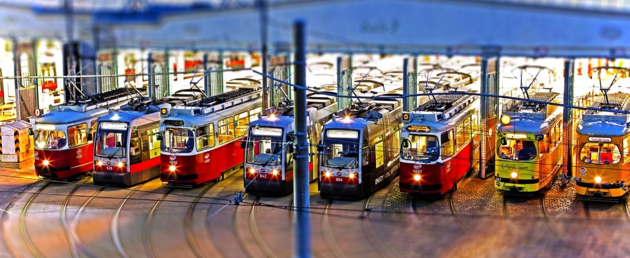 Straßenbahnen in Remise