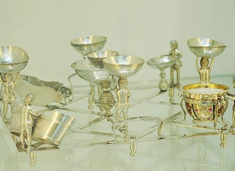 Ein prachtvolles Seder-Geschirr aus Silber