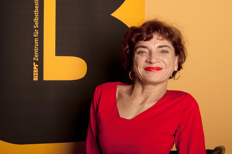 Cornelia Scheuer von der Behindertenorganisation BIZEPS