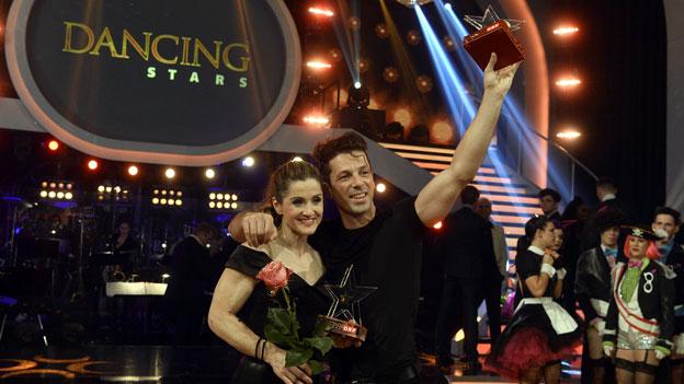 """Gewinner Elisabeth Görgl und Thomas Kraml nach dem Finale von """"Dancing Stars"""" am Freitag, 10. Mai 2019"""