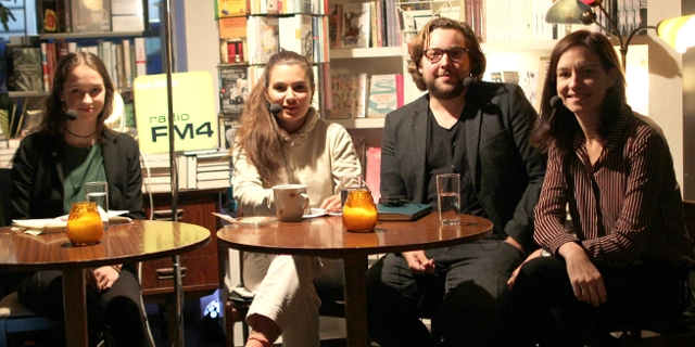 FM4 Auf Laut im Wiener Phil mit Lena Schilling von Fridays for Future, Politikwissenschaftler Michael Hunklinger, ORF-Journalistin Sophia Felbermair und Influencerin DariaDaria.