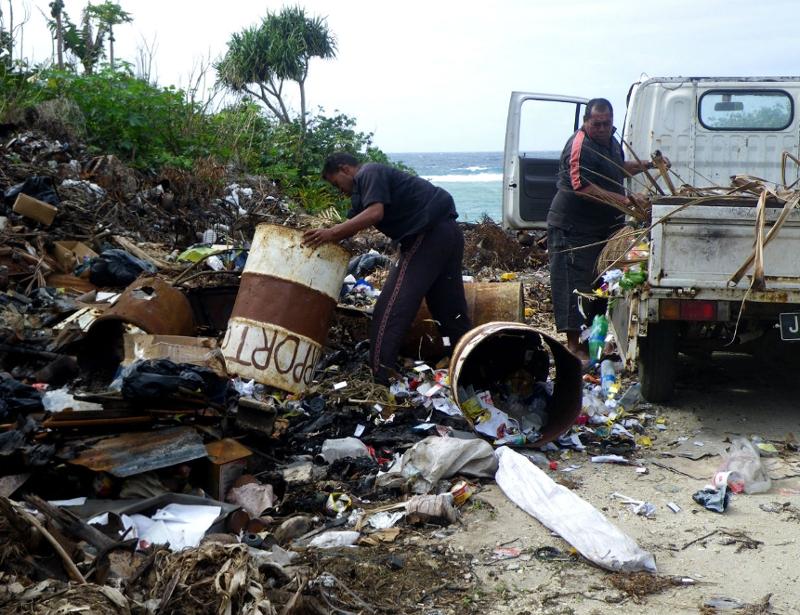 The plastic on Tonga
