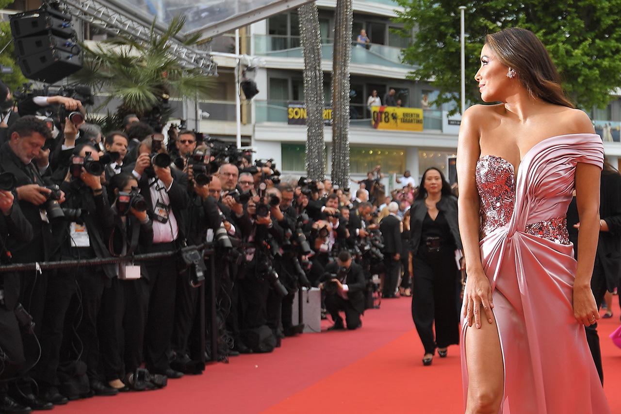 Eva Longoria auf dem Red Carpet bei der Eröffnung der Filmfestspiele Cannes 2019