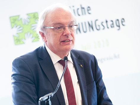 Bischof Michael Bünker