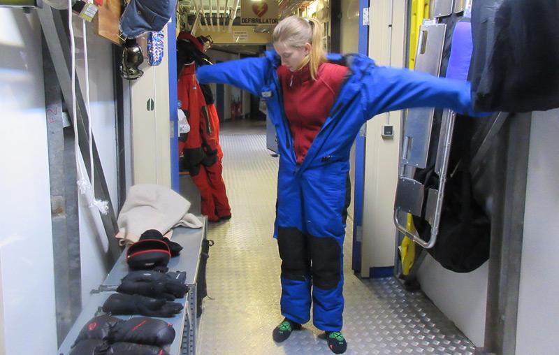 Die Weltraummedizinerin Carmen Possnig in der Antarktis-Forschungsstation Concordia