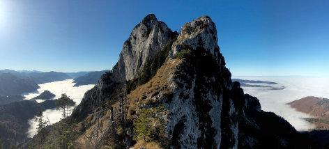 Land der Berge  Der Traunstein - Wächter des Salzkammerguts  Originaltitel: Der Traunstein - Berg der vielen Gesichter