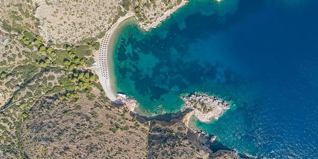Küste der griechischen Insel Hydra