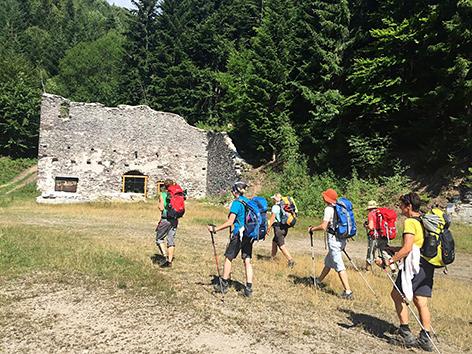 Pilger auf dem Barbaraweg in der Slowakei