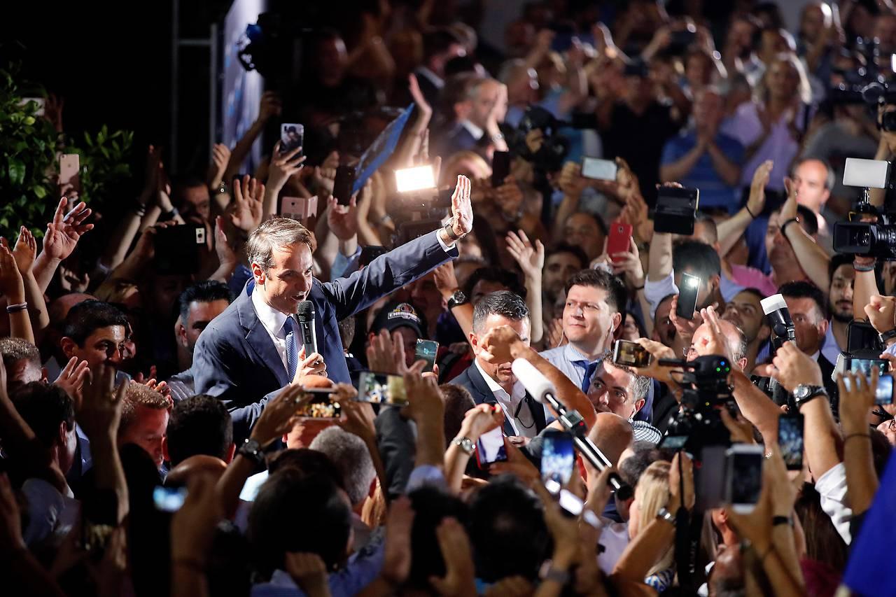 Mitsotakis in seiner ersten Ansprache nach der gewonnenen Wahl