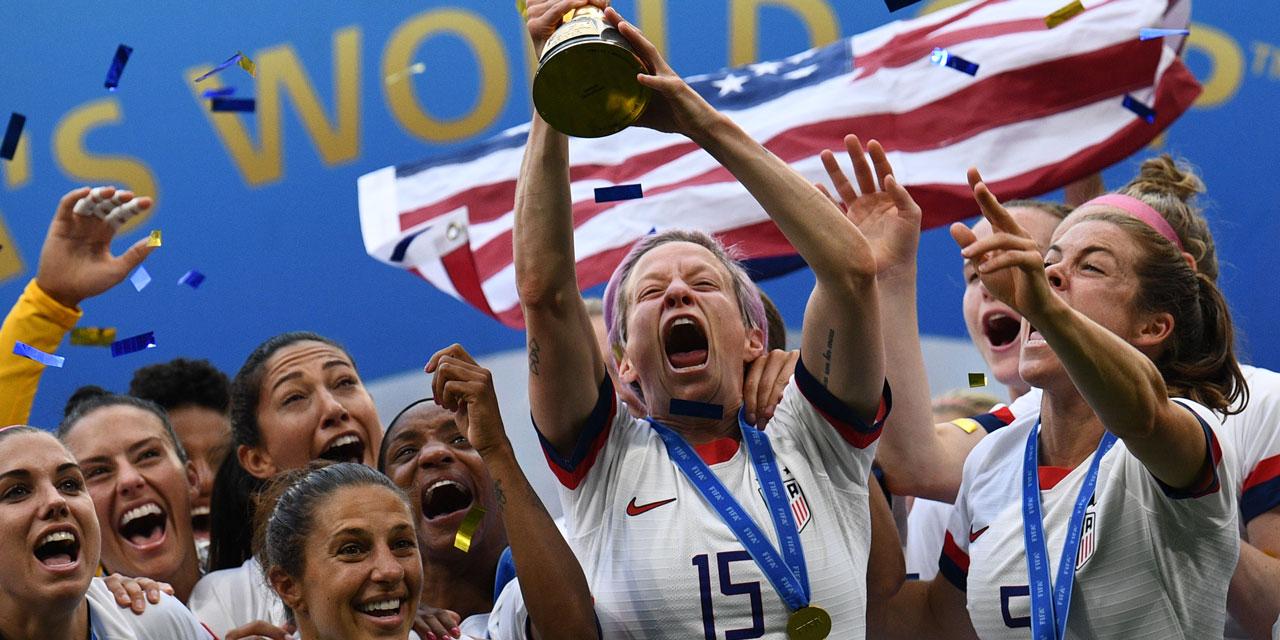 Megan Rapinoe feiert mit US-Frauen den WM Titel
