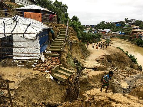 Von Überschwemmung betroffenes Rohongya-Flüchtlingslager in Bangladesch