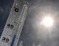 Ein Thermometer zeigt über 36 Grad