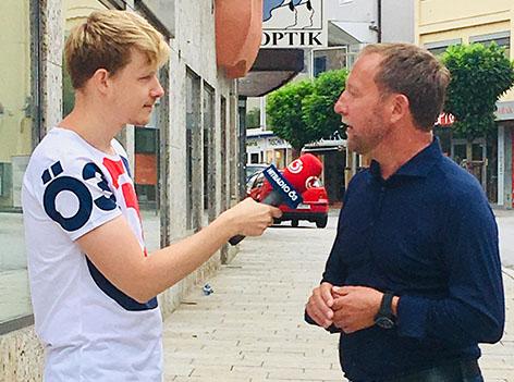 Bürgermeister Bischofshofen mit Max Bauer vom Ö3-Spektakel-Team