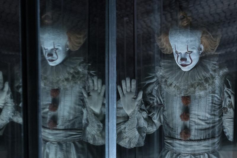 """Szenenbild """"IT 2"""" mit Clown Pennywise"""