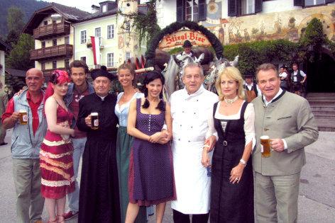 Hochwürden wird Papa    Originaltitel: (DEU/AUT 2002), Regie: Otto W. Retzer.
