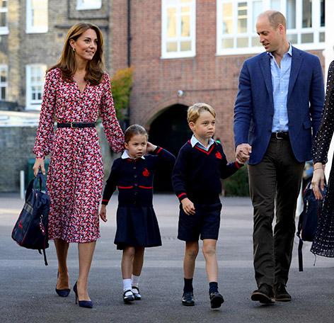 Prinzessin Charlotte, Prinz George, Herzogin Katherine und Prinz William