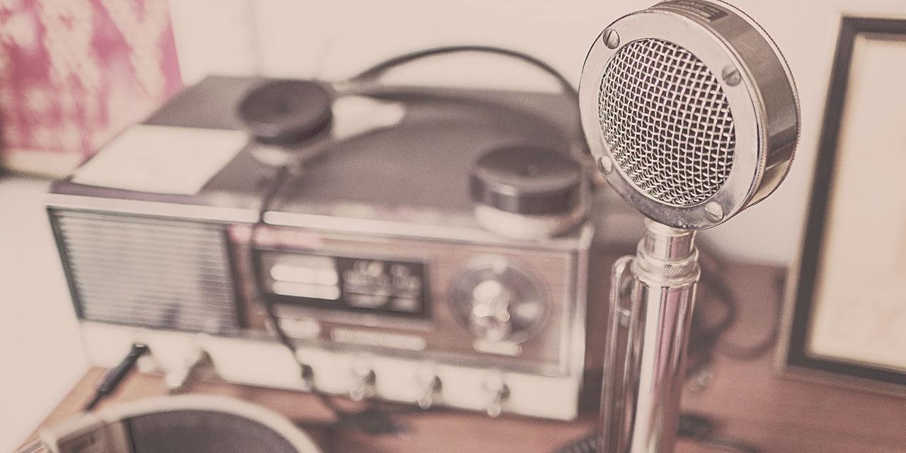 Radio und Mikrofon