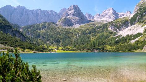 Von der Zugspitze über´s Karwendel zum Achensee    Originaltitel: Die Alpen von oben: Von der Zugspitze über´s Karwendel zum Achensee