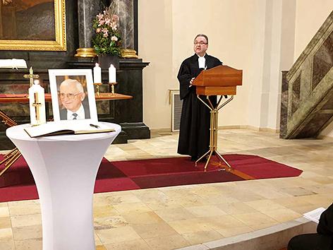 Gedenkgottesdienst der Evangelischen Kirche A.B. in Österreich für ihren früheren Bischof Dieter Knall, im Bild der der evangelisch-lutherische Bischof Michael Chalupka