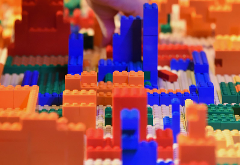 Lego-Bauwerk in Nahaufnahme