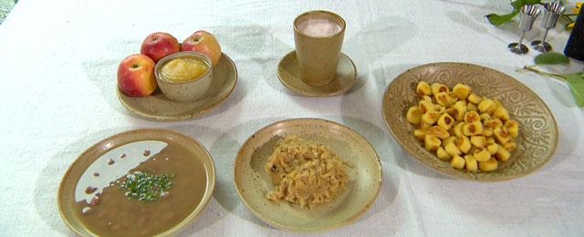 Kloaniedai Apfelmus Sauerkraut Bohnensuppe