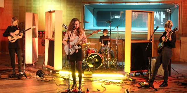 My Ugly Clementine bei einer FM4 Radio Session