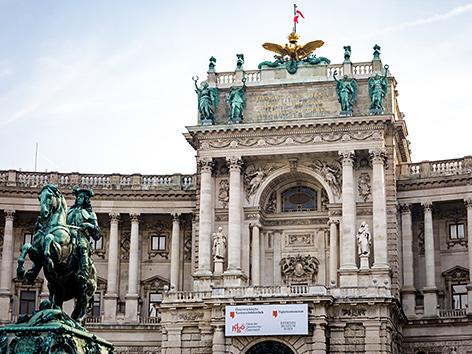 Haus der Geschichte, Heldenplatz