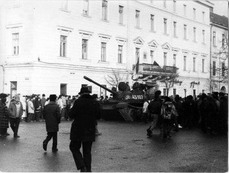 Zwölf Tage im Dezember - Die Revolution in Rumänien