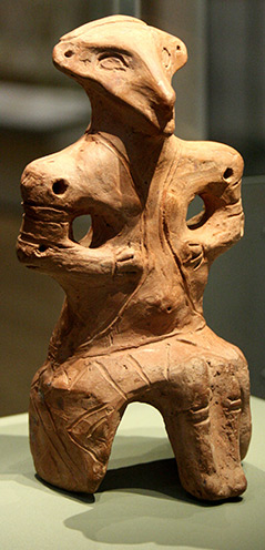 Sitzende Vinca-Figur, rund 6.000 Jahre alt im British Museum, London