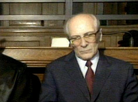 Erich Honecker beim Prozess in Berlin unter anderem wegen des Schießbefehls