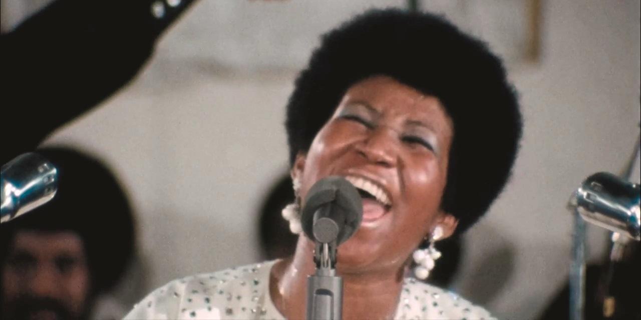 Aretha Franklin singt