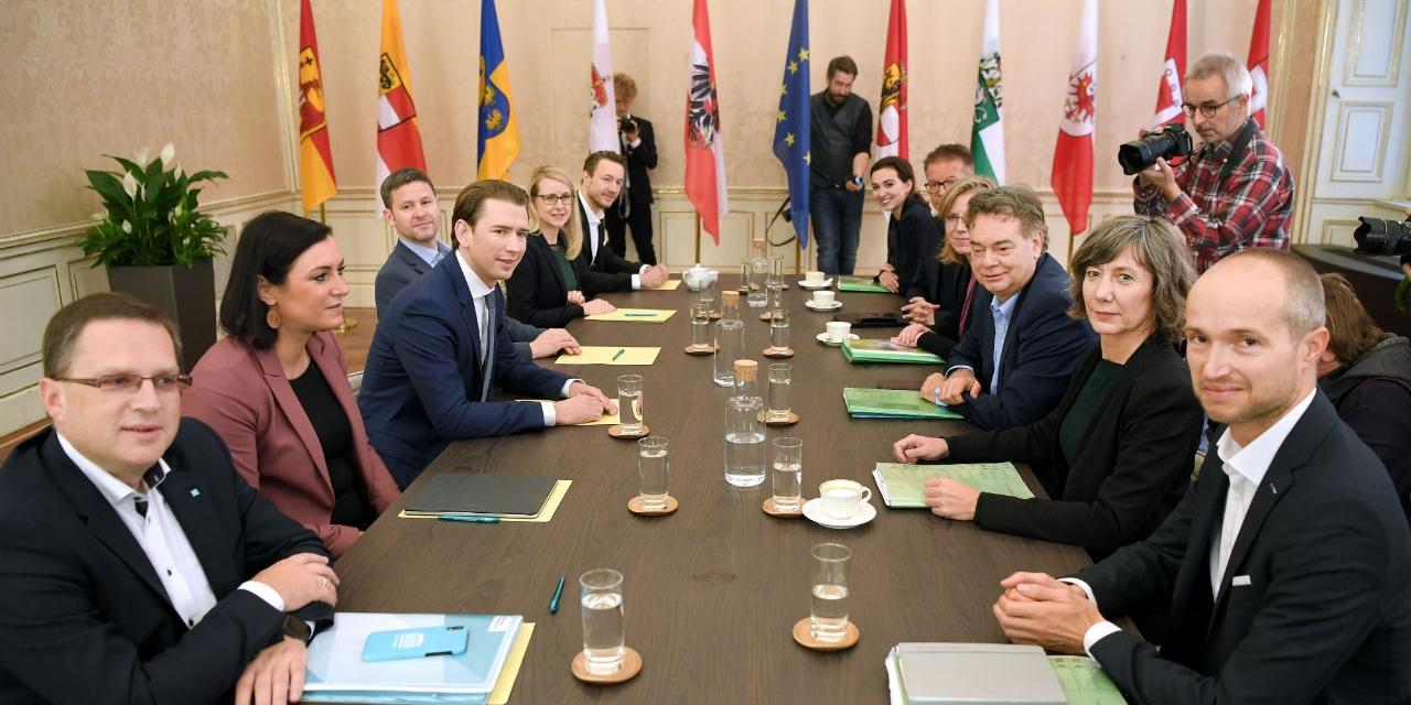 Die Verhandlungsteams von ÖVP und Grünen