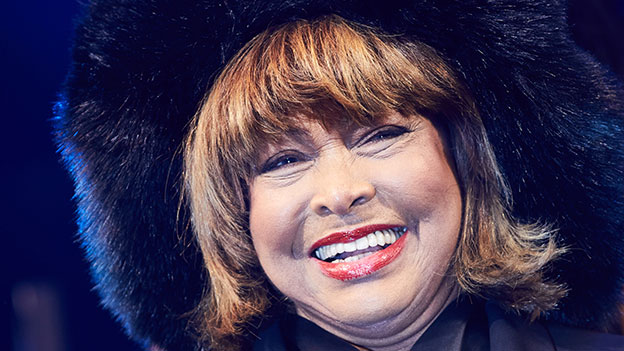 Tina Turner lacht