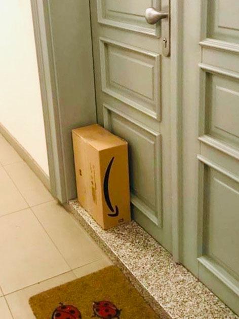 Paket vor Tür