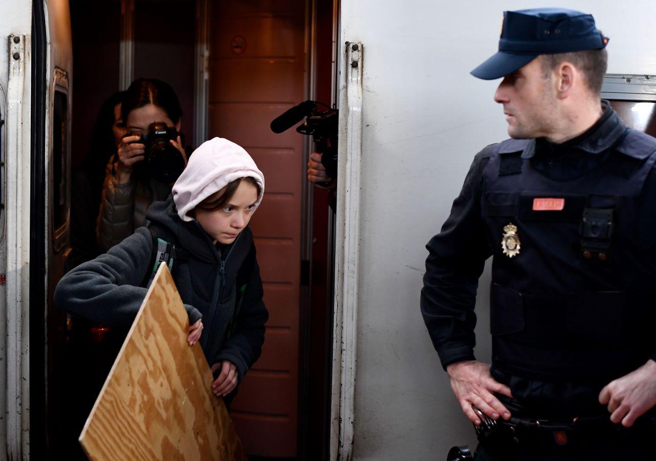 Greta Thunberg bei ihrer Ankunft in Madrid