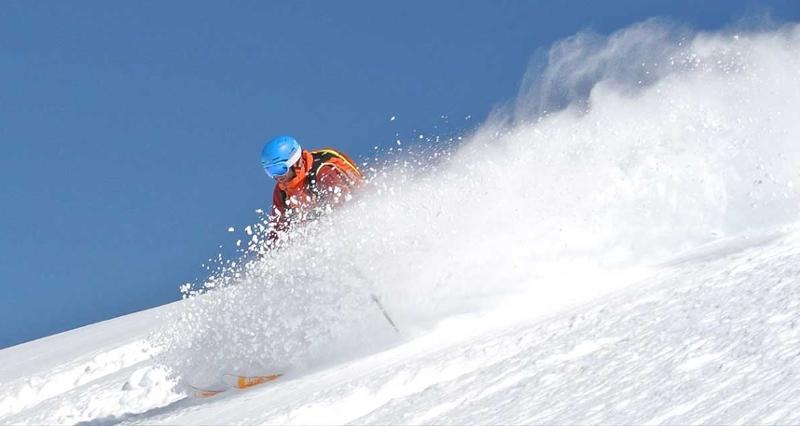 Heinz Reich skifahrend