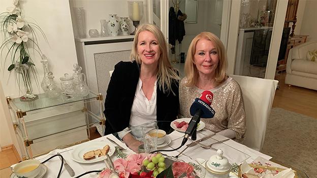 Gerda Rogers und Claudia Stöckl am Ö3-Frühstückstisch