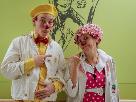 Christoph Schiele und Verena Wondrak (CliniClowns)