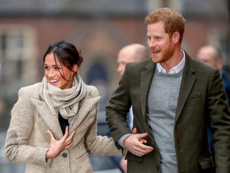 Meghan und Harry - Die etwas anderen Royals    Originaltitel: Harry and Meghan - A Modern Love Story