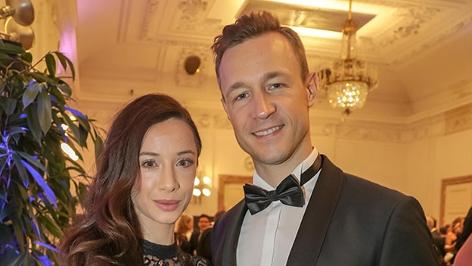 Gernot Blümel mit Freundin Clivia Treidl auf einem Ball