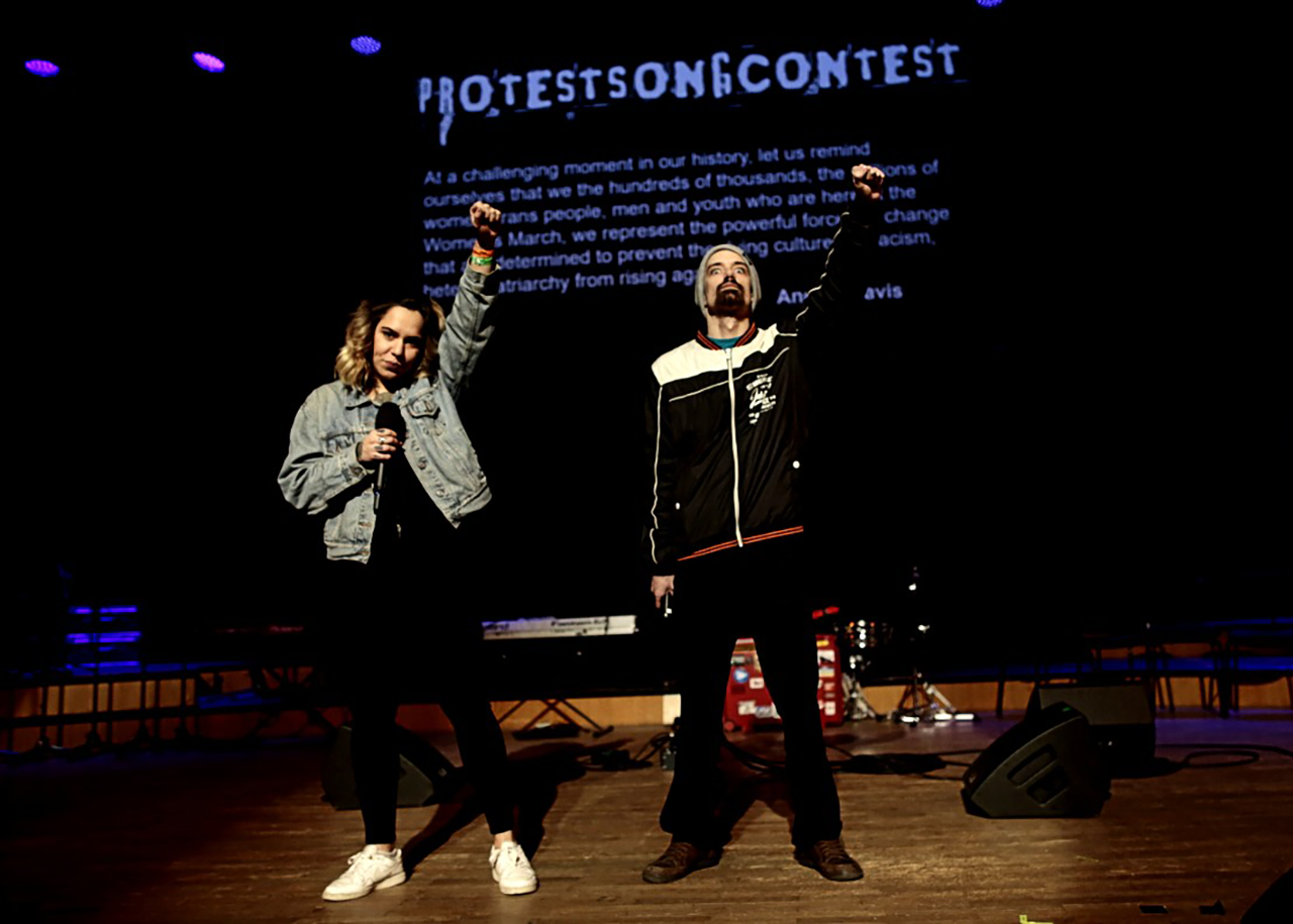 Protestsongcontest: Marie feat. Def Ill