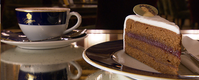 Sisi-Torte in der K. u K. Hofzuckerbäckerei Gerstner