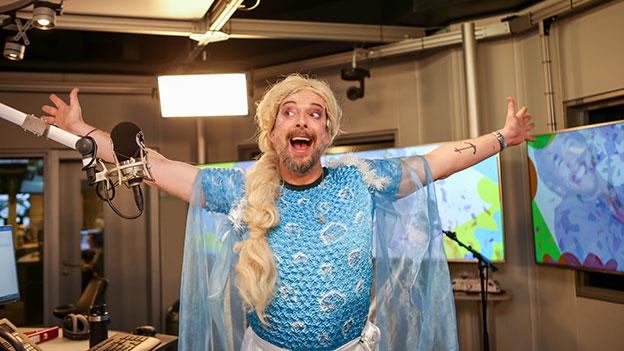 Robert Kratky als Elsa