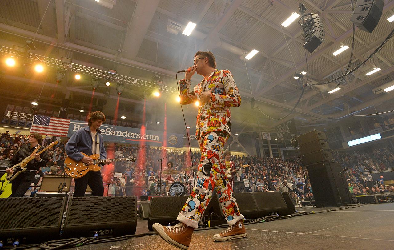 The Strokes bei einem Konzert für Bernie Sanders an der Universität von New Hampshire am 10. Februar